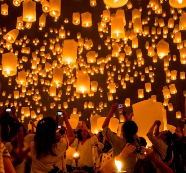 Thailand's Yi Peng Flying Lantern Festival